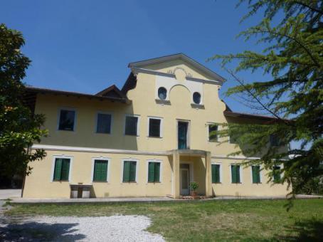 Immobiliare vallecamonica pubblica il tuo annuncio gratis for Piani di casa di villa spagnola